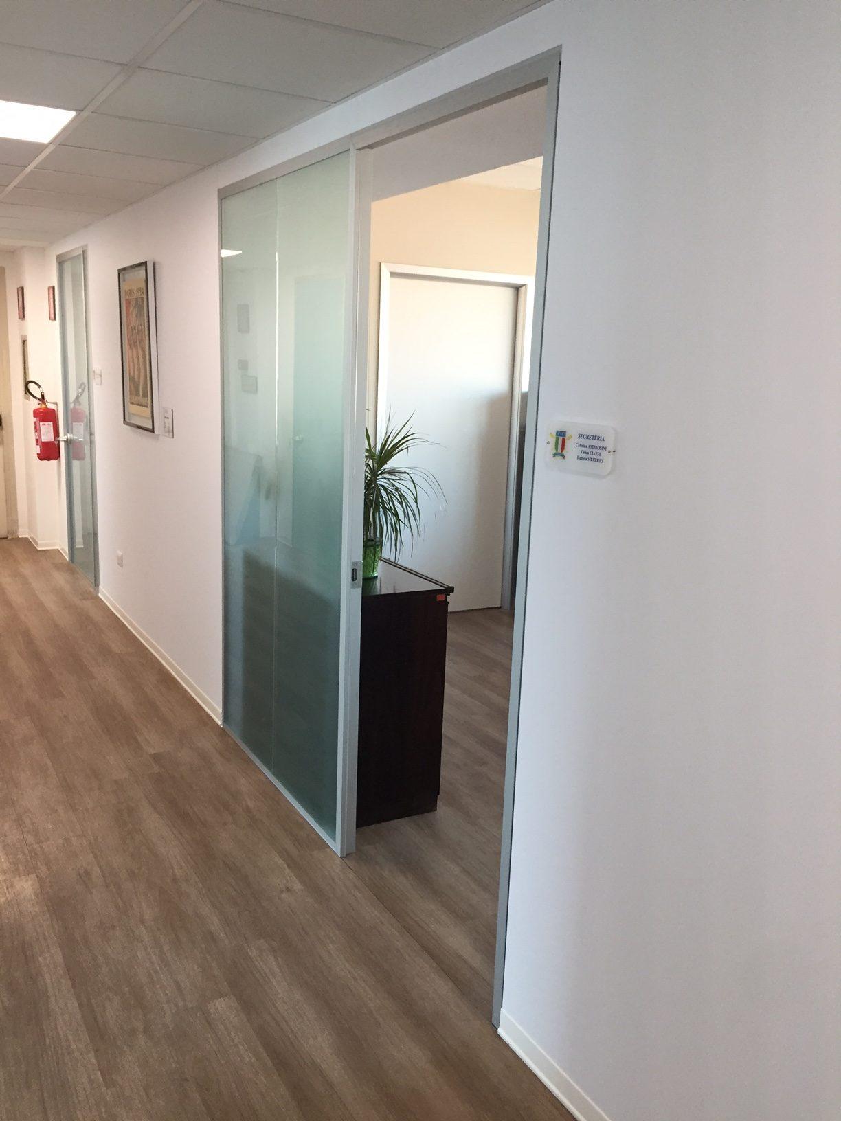 Pareti mobili fic roma sistema ufficio for Mobili ufficio roma